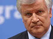 Seehofer; Getty