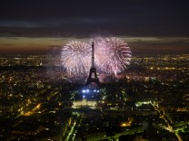 FRANCE-BASTILLE-DAY-FIREWORKS-EIFFEL