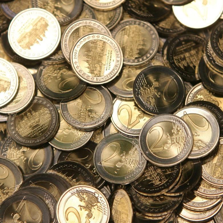 Zehn Jahre Euro Bargeld Im Deutschen Geldbeutel Dominiert Der