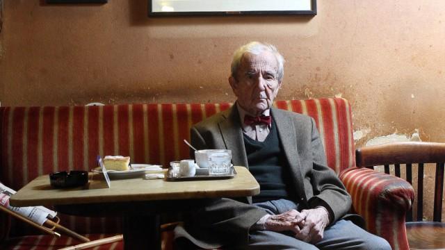 Vienna coffee house legend Hawelka dies at 100