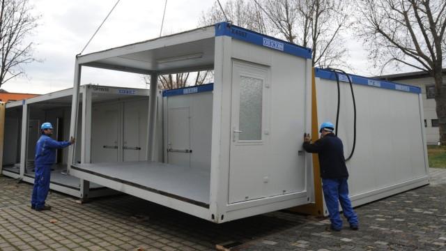 Neue Gewahrsamscontainer auf dem Wasen