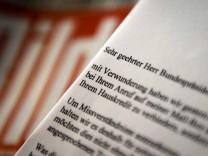 Umstrittene Mailbox-Nachricht an Bild-Chef Diekmann - Wulff lehnt Veröffentlichung von Anruf ab