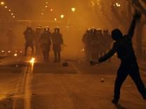 Athen Griechenland Straßenschlacht Schulden