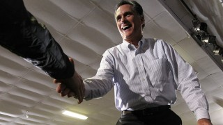 Romney Tours New Hampshire One Day Before GOP Primary