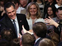 GOP Presidential Front Runner Mitt Romney Holds Primary Night Gathering