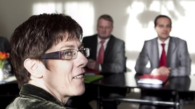 CDU und SPD an der Saar verhandeln ueber gemeinsame Regierung