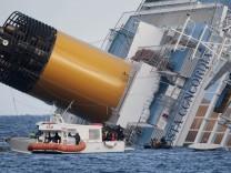 Nach der Havarie des Kreuzfahrtschiffes 'Costa Concordia'
