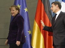 Merkel empfaengt Sarkozy