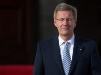 Bundespräsident Wulff  Schloss Bellevue Party-Macher Manfred Schmidt
