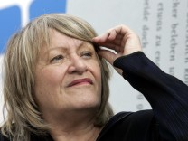 Alice Schwarzer protestiert gegen Kuerzung bei FrauenMediaTurm