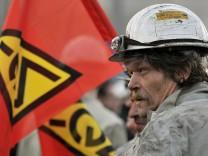 ThyssenKrupp prüft Edelstahl-Zusammenschluss - Proteste