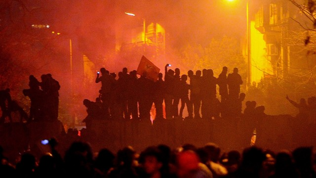 Clashes in Cairo after soccer match riots