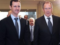 Russian foreign minister visits Syria
