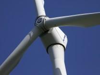 Windkraftanlage nahe Schongau, 2011
