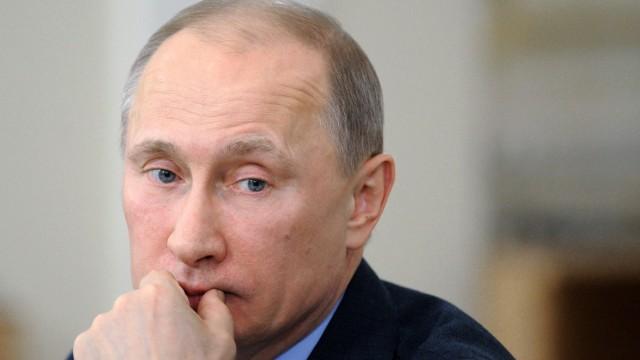Wahlen in Russland Premier kämpft um die Macht