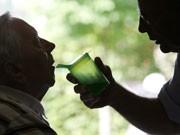 Pflege von Angehörigen, Foto: dpa