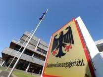 Karlsruhe entscheidet über Professorengehälter