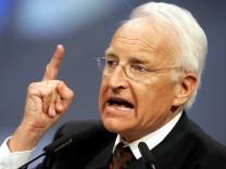 Seehofer holt den 'Mister Aschermittwoch' auf die Buehne