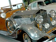 Rolls-Royce im Wohnzimmer