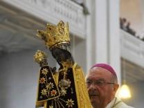 Bischof Schraml ist seit 10 Jahren im Amt