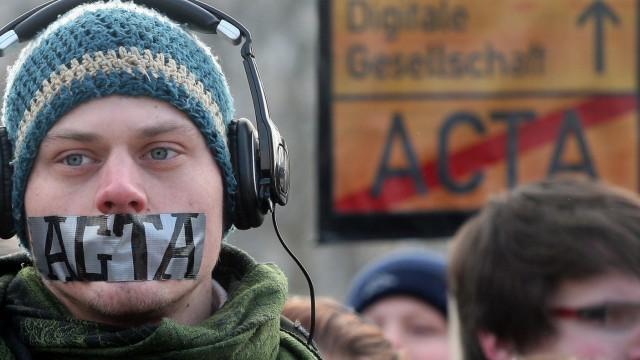 ACTA IPRED