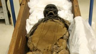 Moorleiche 600 Jahre alte Mumie