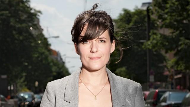 Sarah Kuttner moderiert die ZDFneo-Sendung 'Bambule - das Magazin'