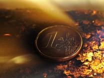 Karlsruhe urteilt ueber Bundestags-Sondergremium zur Euro-Rettung