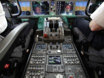 Cockpit controls are seen as pilots navigate duringdemonstration flight of Boeing 787 Dreamliner at Singapore Airshow in Singapore