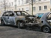 Berlin, ausgebranntes Auto, dpa