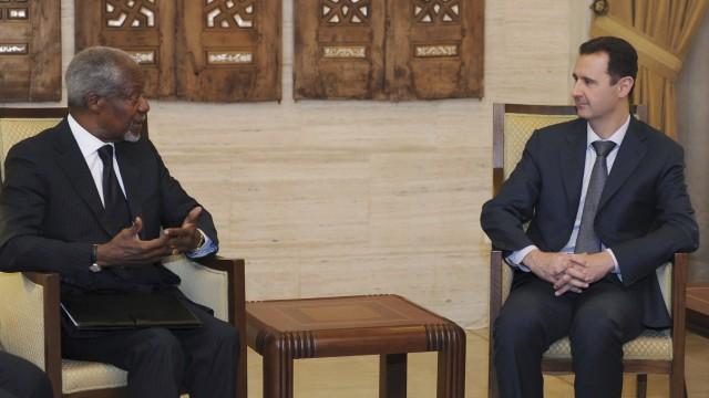 Syria's President Bashar al-Assad meets U.N.-Arab League envoy Kofi Annan, in Damascus