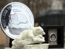 Gedenkmünze für Eisbär 'Knut'