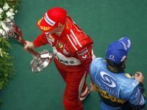 Formel 1 GP Schanghai - Podium Schumacher und Alonso