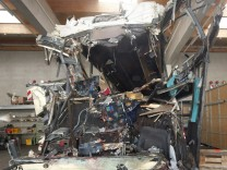 Swiss coach crash kills 28, including 22 children