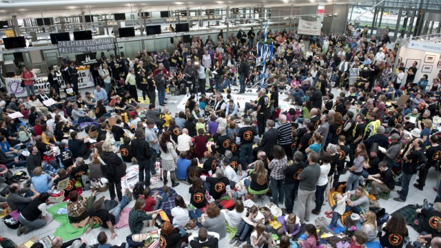 Proteste gegen Fluglaerm