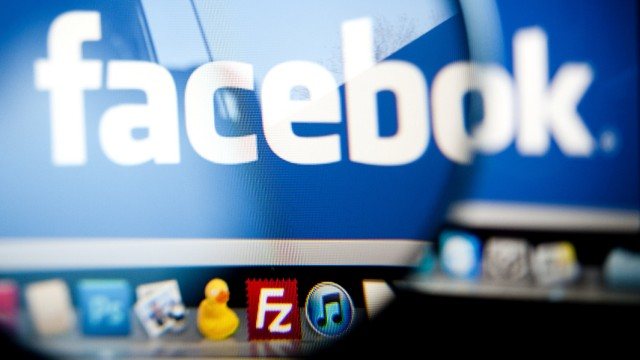 Themenpaket Computer & Cyberspace: Vor dem Job kommt die Frage nach dem Facebook-Passwort
