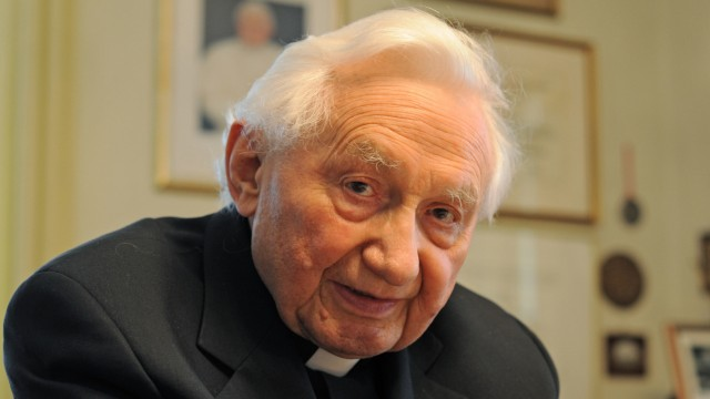 Literaturdienst - Georg Ratzinger