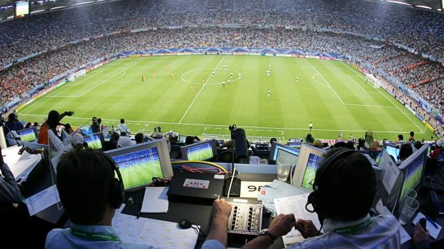 Die Uefa Euro 2012 soll auch in einem digitalen Test-Programm der ARD übertragen werden.