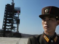 Unha-3 Rakete auf der nordkoreanischen Sohae-Satelliten-Station