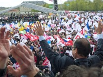 Francois Hollande's meeting in Vincennes