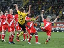 Dynamo Dresden v Fortuna Duesseldorf - 2. Bundesliga