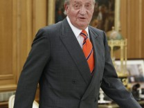 König Juan Carlos gestürzt - Hüfte gebrochen