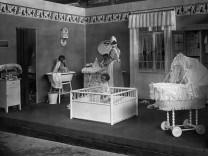 Kinderzimmer, 1925