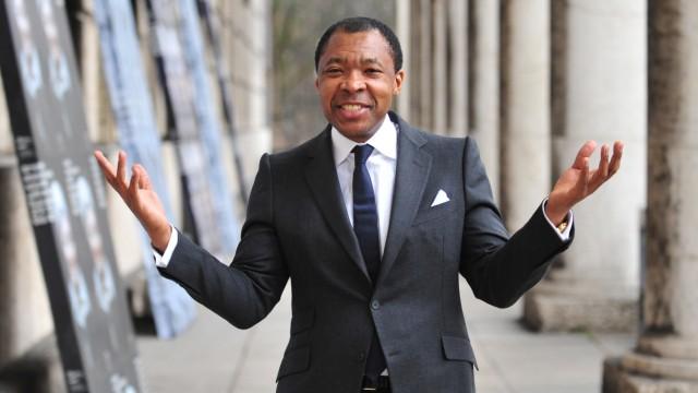 Okwui Enwezor setzt als Leiter der Triennale von Paris auf Künstler, die bislang von der Kunstgeschichte übersehen wurden.