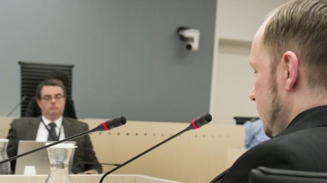 Breivik pocht auf geistige Gesundheit