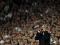 coach Jose Mourinho