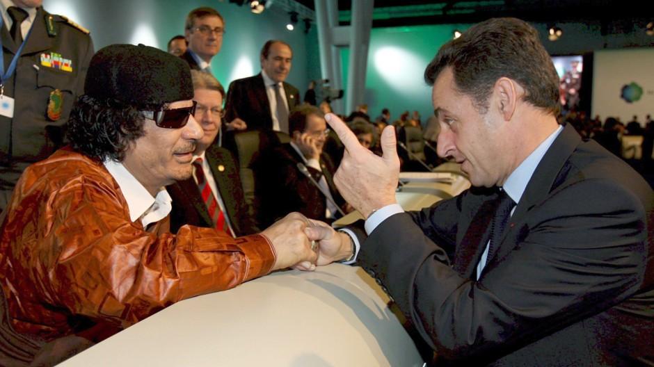 EU-Afrika-Gipfel - Gaddafi und Sarkozy