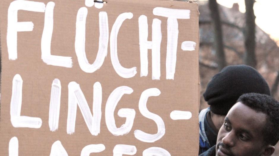 CSU und Opposition streiten über Asylpolitik