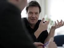 Spitzenkandidat der Partei Buendnis 90/die Gruenen füer die Landtagswahl in Schleswig-Holstein: Fraktionschef Robert Habeck