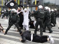 Demonstration gegen 'Pro NRW'